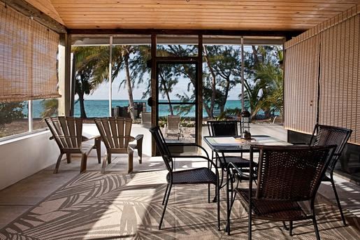 North Caicos Ocean view private spacious screened patio